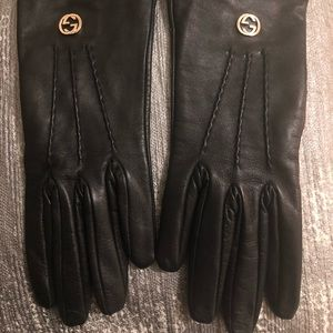 Gucci all leather gloves